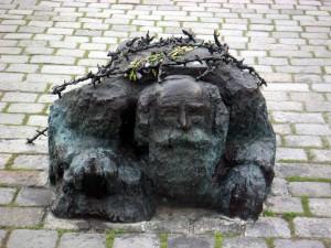 Alfred Hrdlicka, Mahnmal gegen Krieg und Faschismus, Wien 1983-91