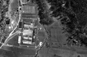 Luftbildaufnahme des KZ-Außenlagers von Mauthausen, Aflenz an der Sulm, Steiermark, 1945