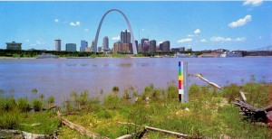 Michael Schuster, Missouri, The Gateway Arch, N: 38°37,40′ W: 90° 10,55′ Alt. 134m, 1992