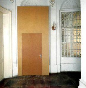 Heimo Zobernig, Erster bis einundzwanzigster März 1993, Neuer Eingang, Graz Neue Galerie 1993