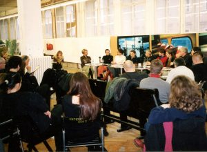 Diskussionsrunde, Graz, Eisernes Haus, 1999