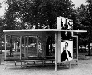 Dennis Adams, Bus Shelter IV, Skulptur Projekte, Münster 1987