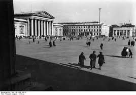 Königsplatz, München 1937, Wikipedia Commons