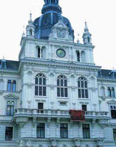 Roman Ondák, Occupied Balcony, Hauptplatz 14, Landesreisebüro, SIGHT.SEEING, Graz 2003