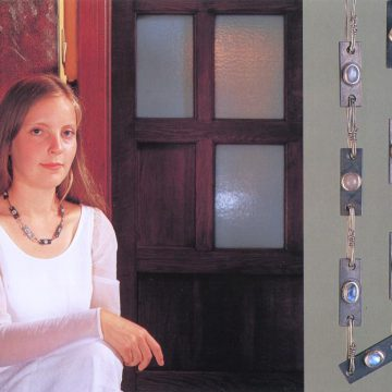 Eva Schmeiser-Cadia, Halsschmuck, 1996, Graz grüßt Villa De Bondt, Gent 1998