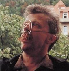 """Wolfgang Rahs, """"Bartmaske"""", 1996, Graz grüßt Villa De Bondt, Gent 1998"""