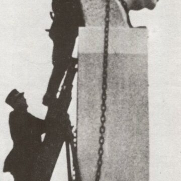 Gustinus Ambrosi, Dollfuß-Büste, 1937, Sturz 1938